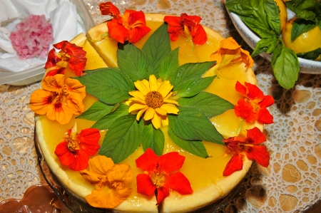 Lemon Cheese Cake-nast, Pineapple, Sageleaf, Sunflower.